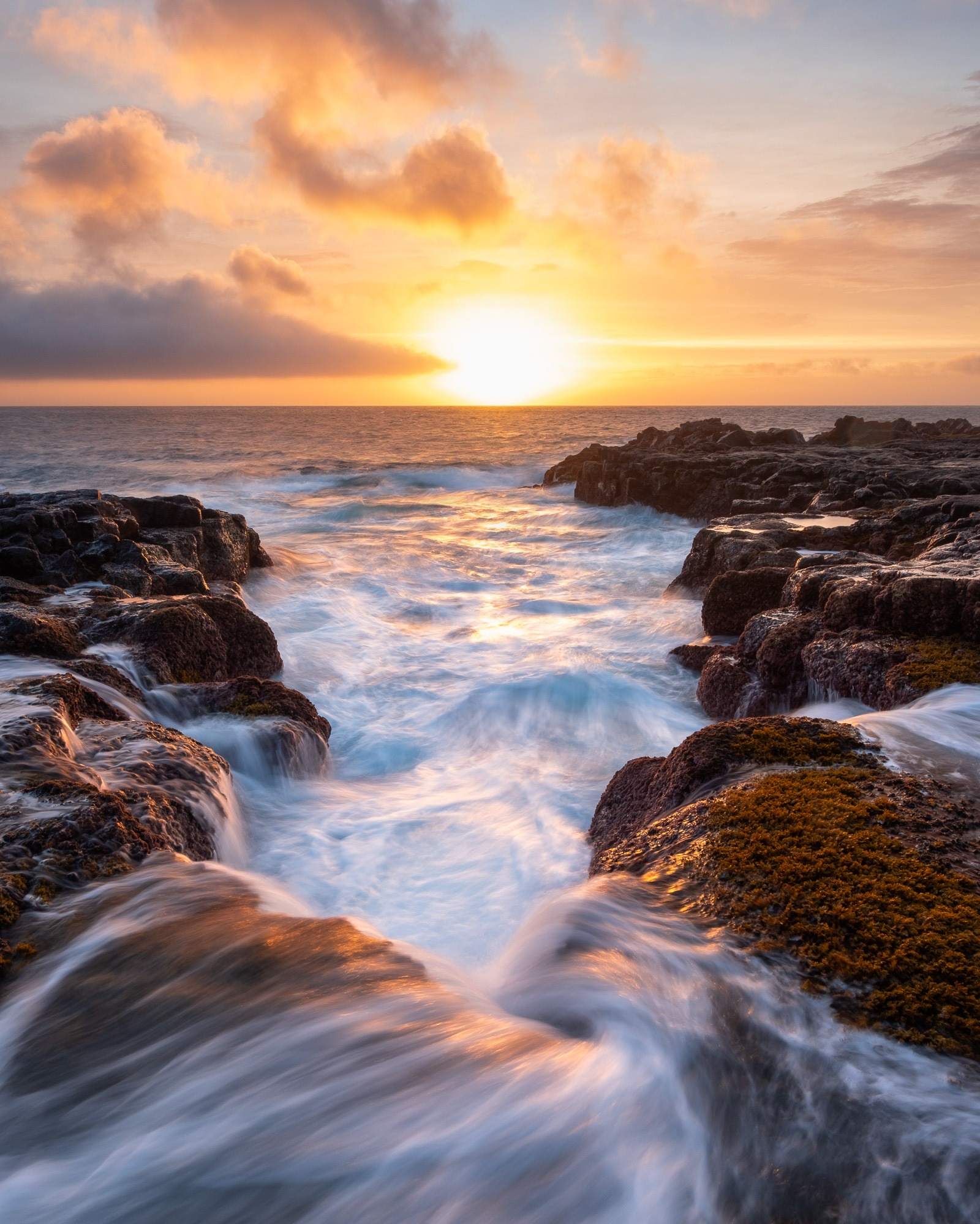 Movement of the Atlantic ocean at the coastline of Porto Martins, Terceira Island, Azores